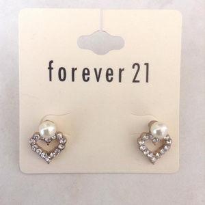 New Heart Pearl Earrings Studs